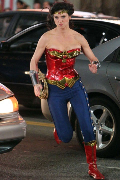 Adrianne-Palicki-Wonder-Woman-4.jpeg