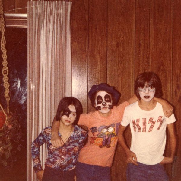 KISS-1970s-rock-band-kids.jpeg
