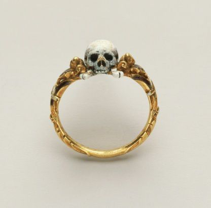 Memento-mori-skull-ring--around1600-1625.jpeg