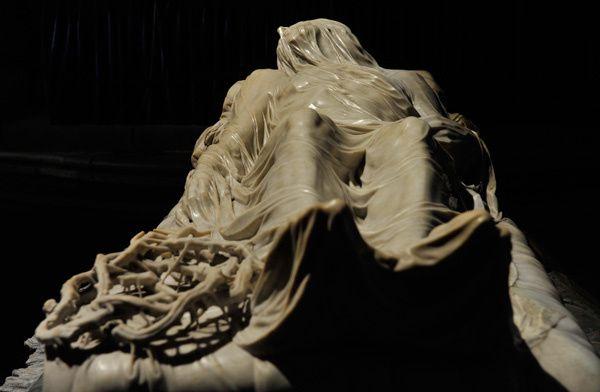 Giuseppe-Sanmartino---Cristo-Velato--Veiled-Christ-Cappella.jpg