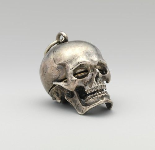 tumblr_md3adoGSkull-watch--c.-1650-1650.jpg