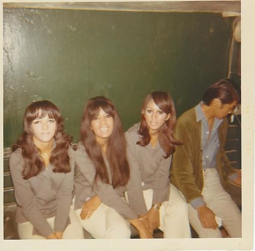 the-ronettes--cleveland--1966.jpg