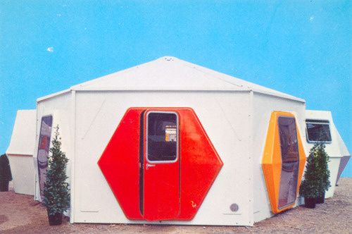 The-Hexacube-foldable-house-leisure-unit-designed-by-George.jpg