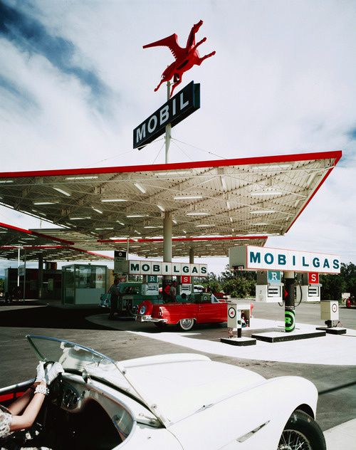 Mobil Gas Station; photo by Julius Shulman, 1956
