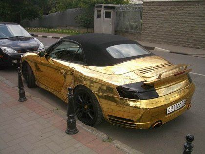 Russian-porsche-made-of-gold-2.jpeg