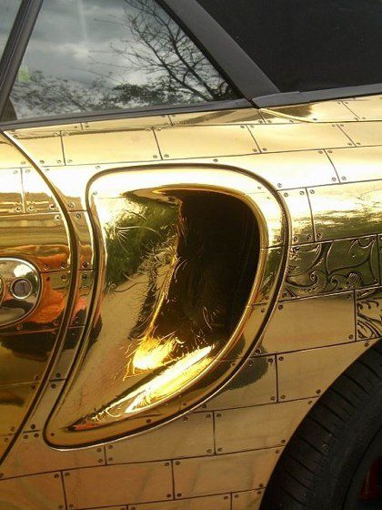 Russian-porsche-made-of-gold-3.jpeg