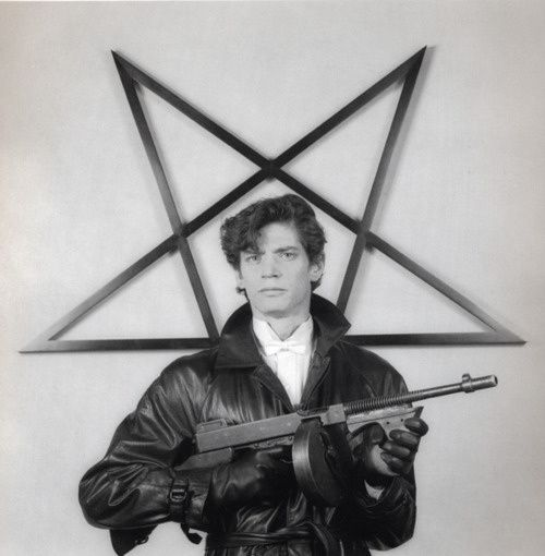 robert-mapplethorpe-selfportrait-with-gun-and.jpeg