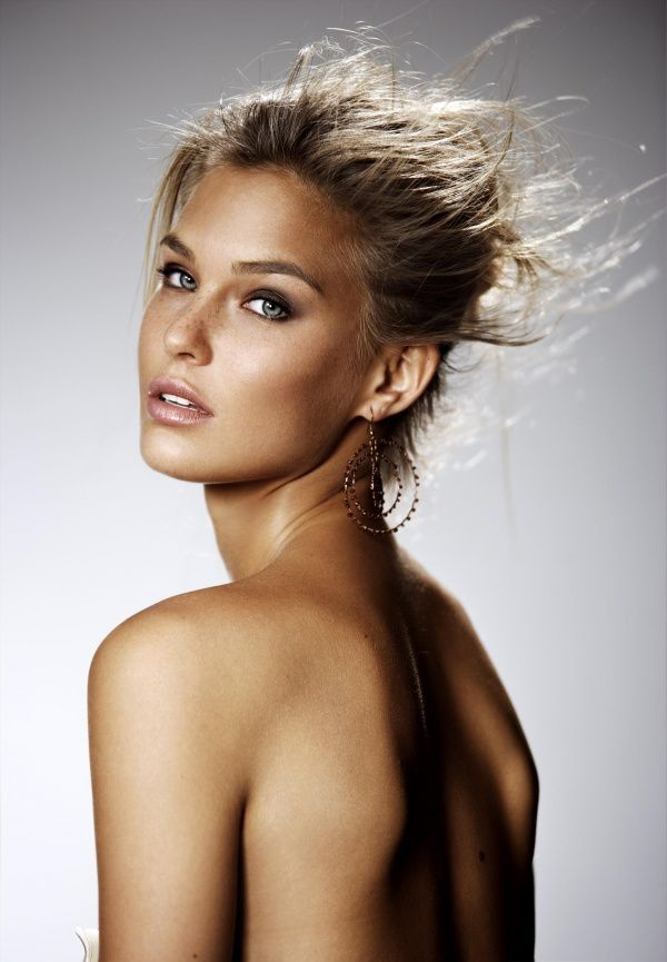 Bar-Refaeli.jpeg
