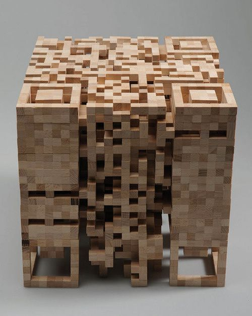 qr-code-Elena-Belmannstructure-of-wood.jpeg