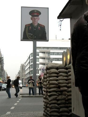 CheckpointCharlie2.jpg