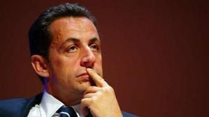 Nicolas-Sarkozy-soucieux.jpg