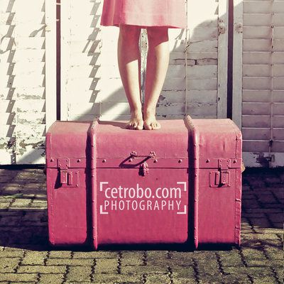 my_pink_suitcase_by_cetrobo-d2xv5e2.jpg