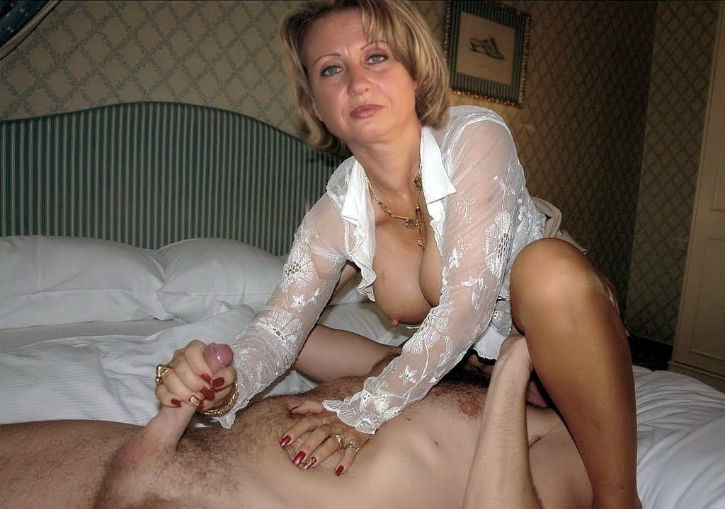 Milfhunter slut load