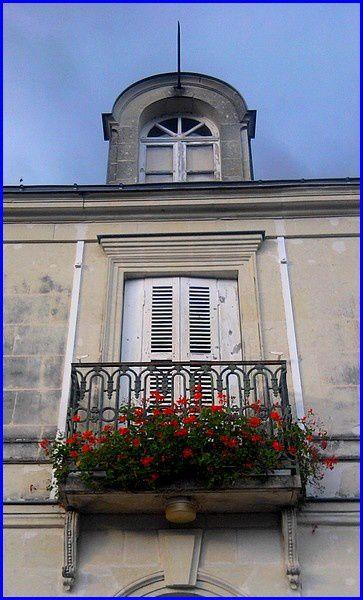 balcon-rouge-s.jpg