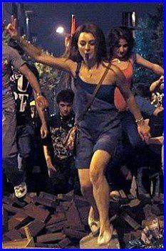 fille-Taksim-2-s.jpg