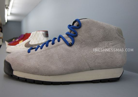 nike-sportswear-fall-holiday-10-footwear-12.jpg