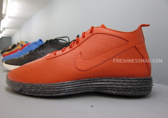 nike-sportswear-fall-holiday-10-footwear-21.jpg
