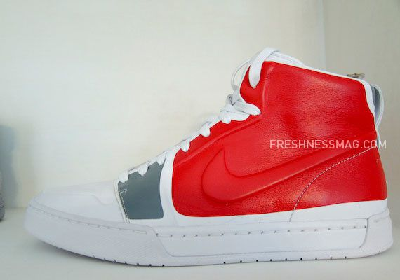 nike-sportswear-fall-holiday-10-footwear-89.jpg