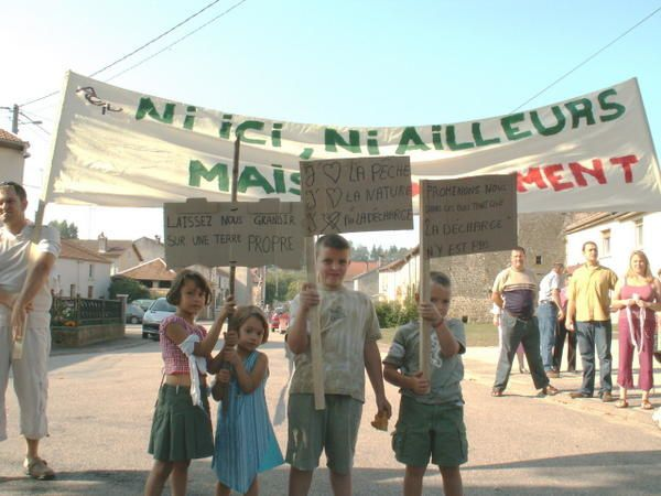 MANIF-ROZIERES-SEPTEMBRE-1.jpg