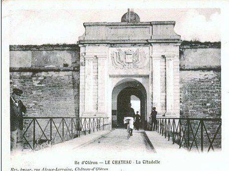 le-chateau-porte-citadelle.jpg