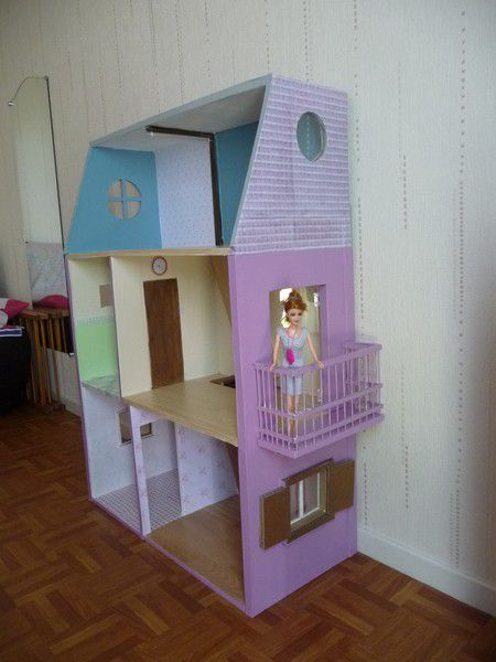 maison barbie en carton. Black Bedroom Furniture Sets. Home Design Ideas