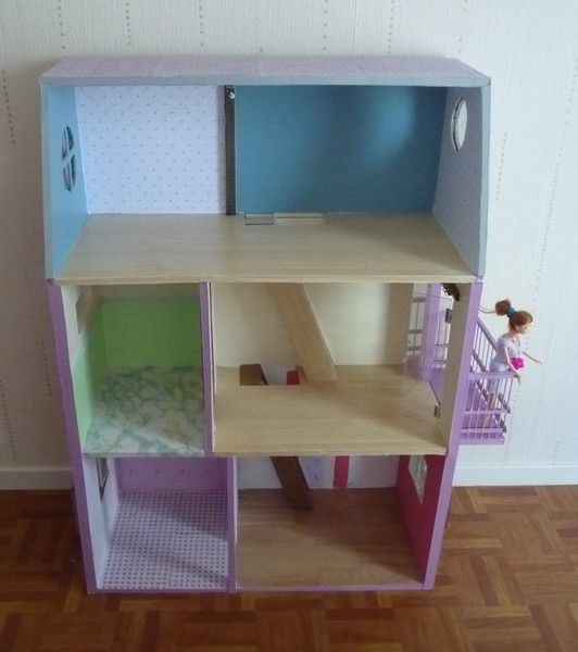 album maison de barbie en carton ticia cr ations. Black Bedroom Furniture Sets. Home Design Ideas
