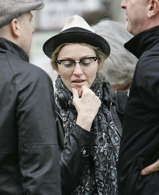 Madonna takes her time to shoot scenes for her new movie ''W.E.''