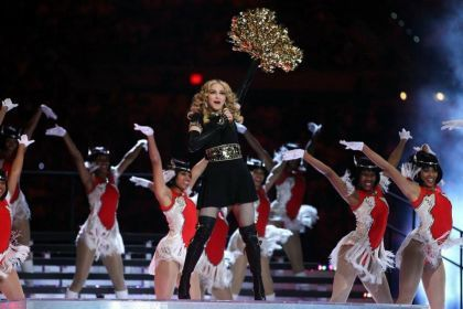 Watch Madonna at Super Bowl in Indianapolis - February 5, 2012