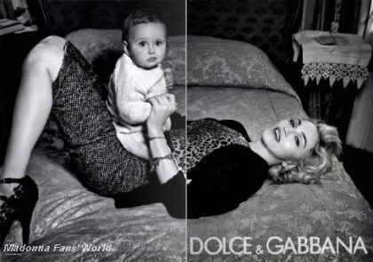 Third D&G Autumn-Winter 2010/11 ad with Madonna in French magazine