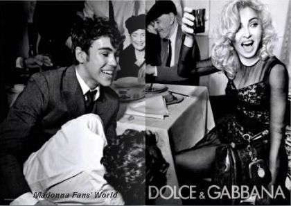 First D&G Autumn-Winter 2010/11 ad with Madonna in French magazine