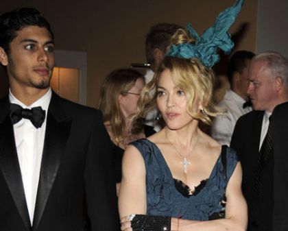 Madonna and Jesus Luz very much together on cosy date