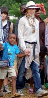 Madonna to visit Malawi school construction