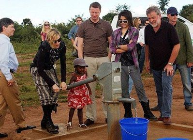 Poverty in Malawi 'pains' pop star Madonna
