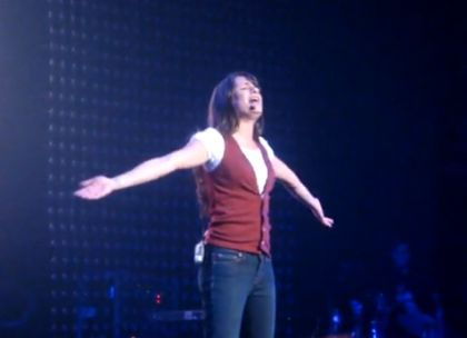 Video: Glee Tour 2010 performing Madonna's ''Like a Prayer''