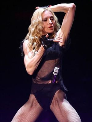 Arthur Fogel: ''Madonna on tour in 2011, new album in 2012''