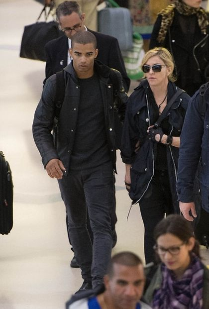 Madonna at JFK airport leaving New York for Israel