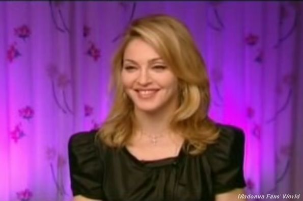 Interview with Madonna on French TV News M6 on Oct. 22, 2009