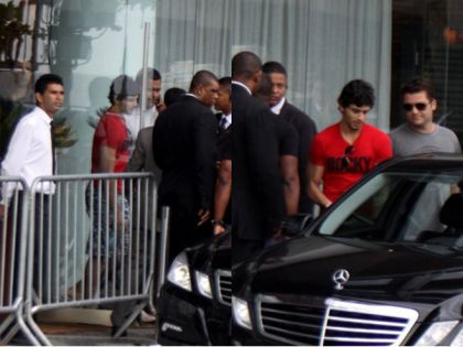 Jesus Luz leaving hotel in Rio, Brazil on Nov. 11, 2009