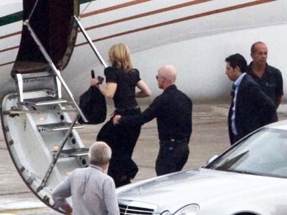 Madonna leaves Rio for Sao Paulo, Brazil on Nov. 12, 2009