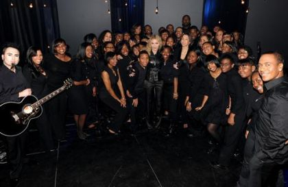 Photo: Madonna poses backstage with the Gospel choir at ''Hope For Haiti Now''