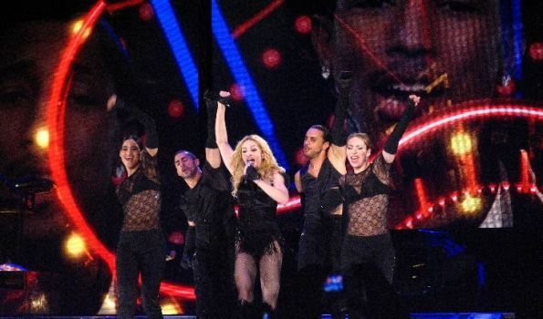 Sticky & Sweet Tour: Photos from the third and last show in Sao Paulo, Brazil