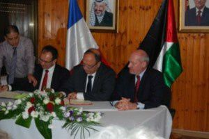 signature-d-un-accord-de-cooperation-region-ile-de-france-g.jpg