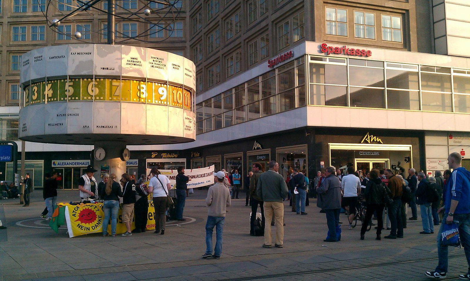 http://idata.over-blog.com/1/58/52/23/Berlin/IMAG0030.jpg