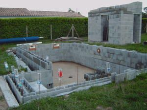 Construction de notre piscine 2 breizh17 for Construction piscine 46