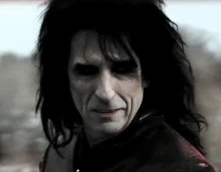 suckalice-cooper-in-comedyhorror-vampire-movie1.jpg
