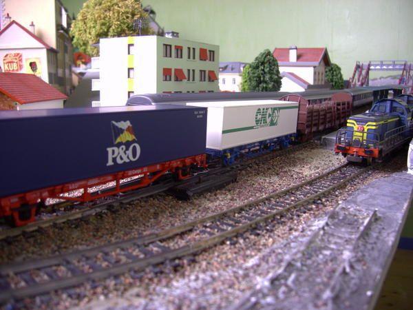 DB CARGO wagon plat porte conteneur P&O