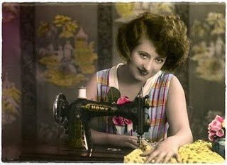 vintage_sewing_machine-1-.jpg