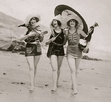 1920s-swimsuit.png