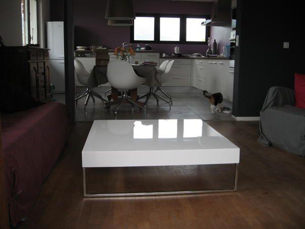 Table basse design la maison claramel r nov e for Table basse 100x100