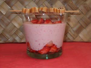 verrine-l-g-re-fraise-c-t-.jpg